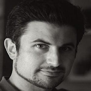 Dr Donald Glowinski